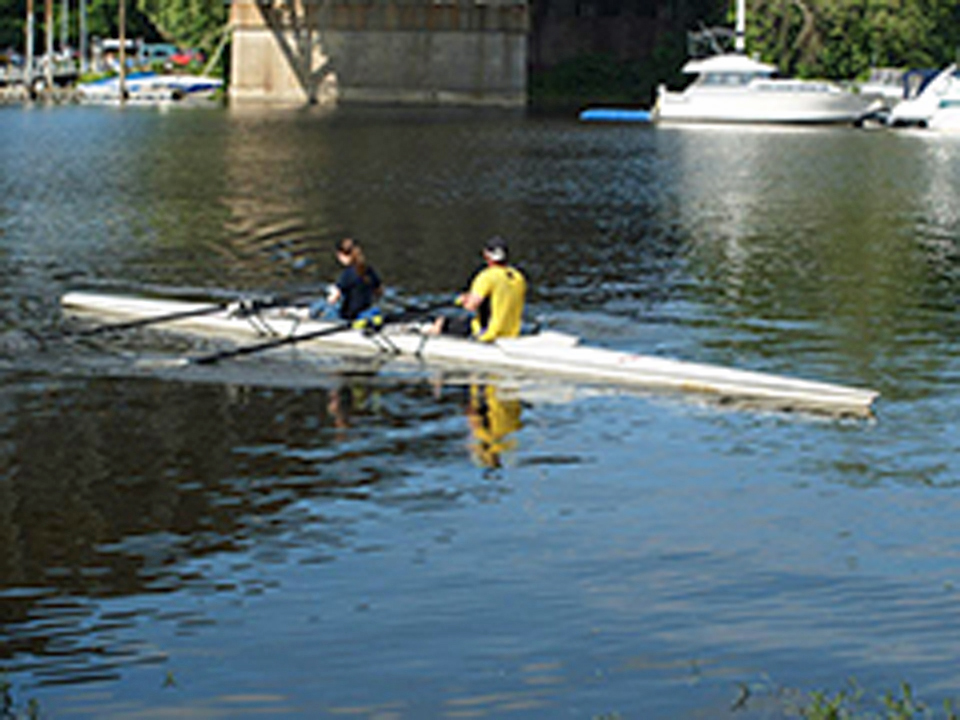 beaver river rowing 2 960 x 720.jpg