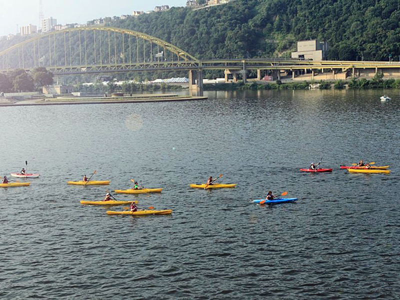 kayaks-pittsburgh-point-2.jpg